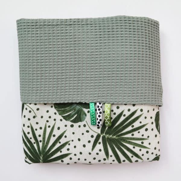 wafeldeken groen met botanische print