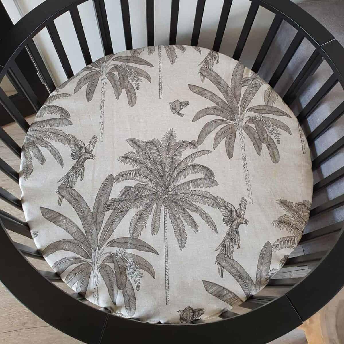 Boxkleed voor een ronde box palms print