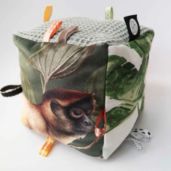 Speelkubus botanical aap met belletje