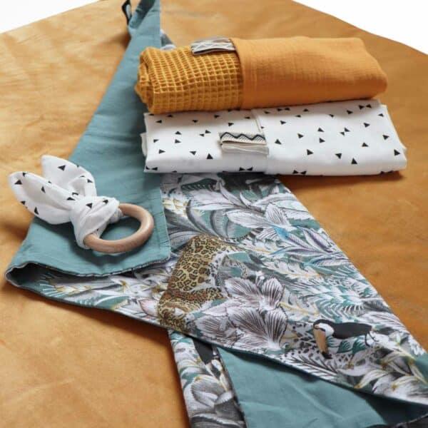 Rechthoekig boxkleed velvet oker velours okergeel
