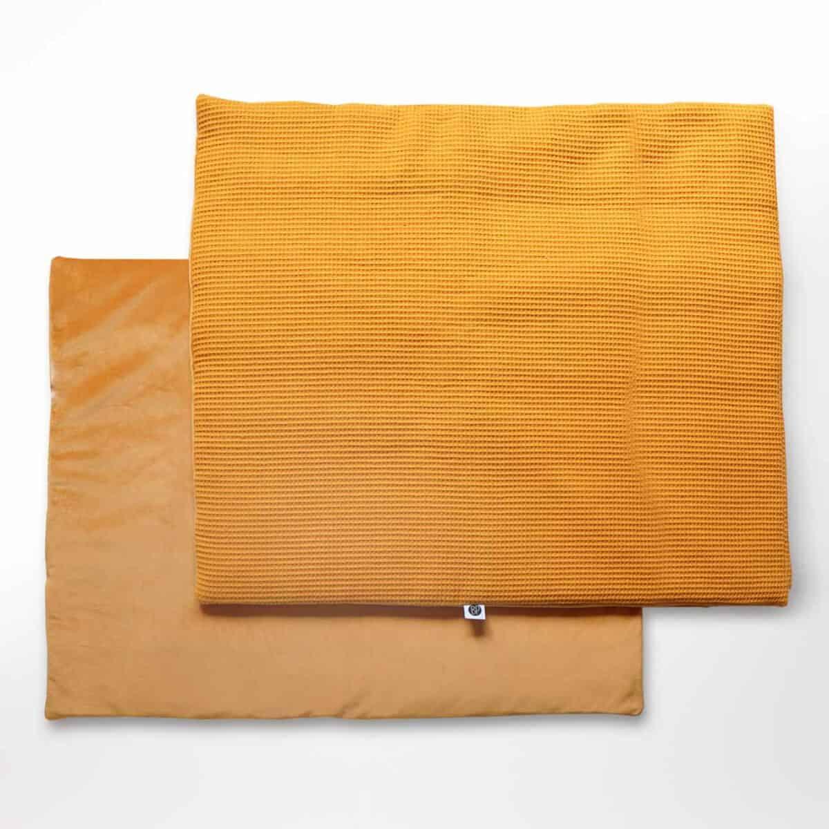 Rechthoekig boxkleed velvet oker geel
