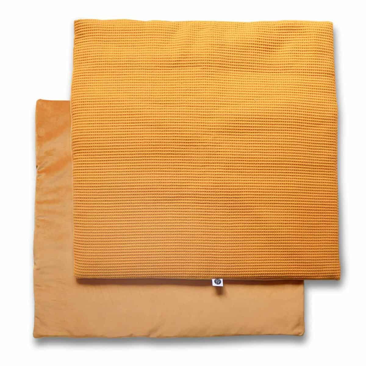 Vierkant boxkleed velvet oker geel