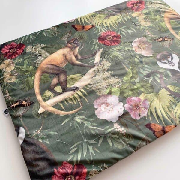Velvet boxkleed aap in paradise groen met bladeren en bloemen